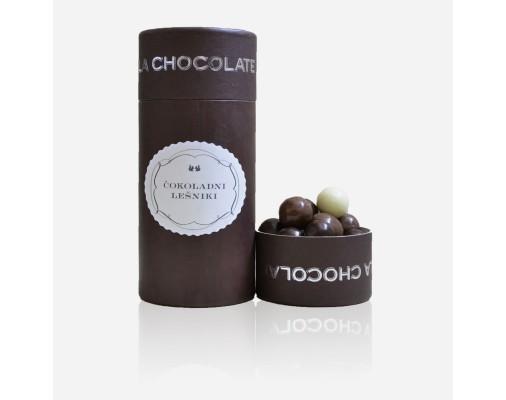 La Chocolate lešniki obliti s čokolado v darilni embalaži