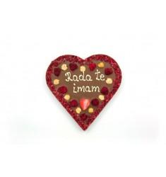 Čokoladno srce z napisom RADA TE IMAM